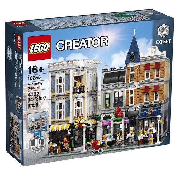 La place de lassemblée LEGO Creator 10255