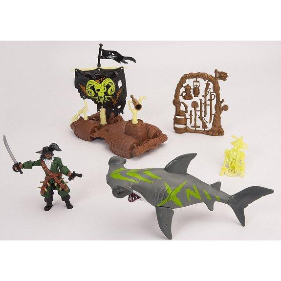Pirate, radeau et requin